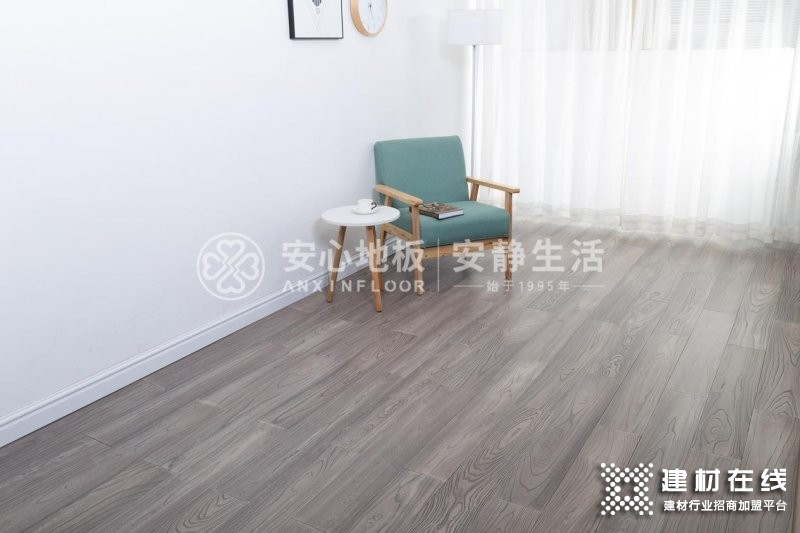 榆木地板和橡木地板选择哪个好?_1