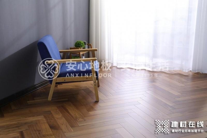 黑胡桃木地板怎么样?黑胡桃木地板价格贵吗?_7