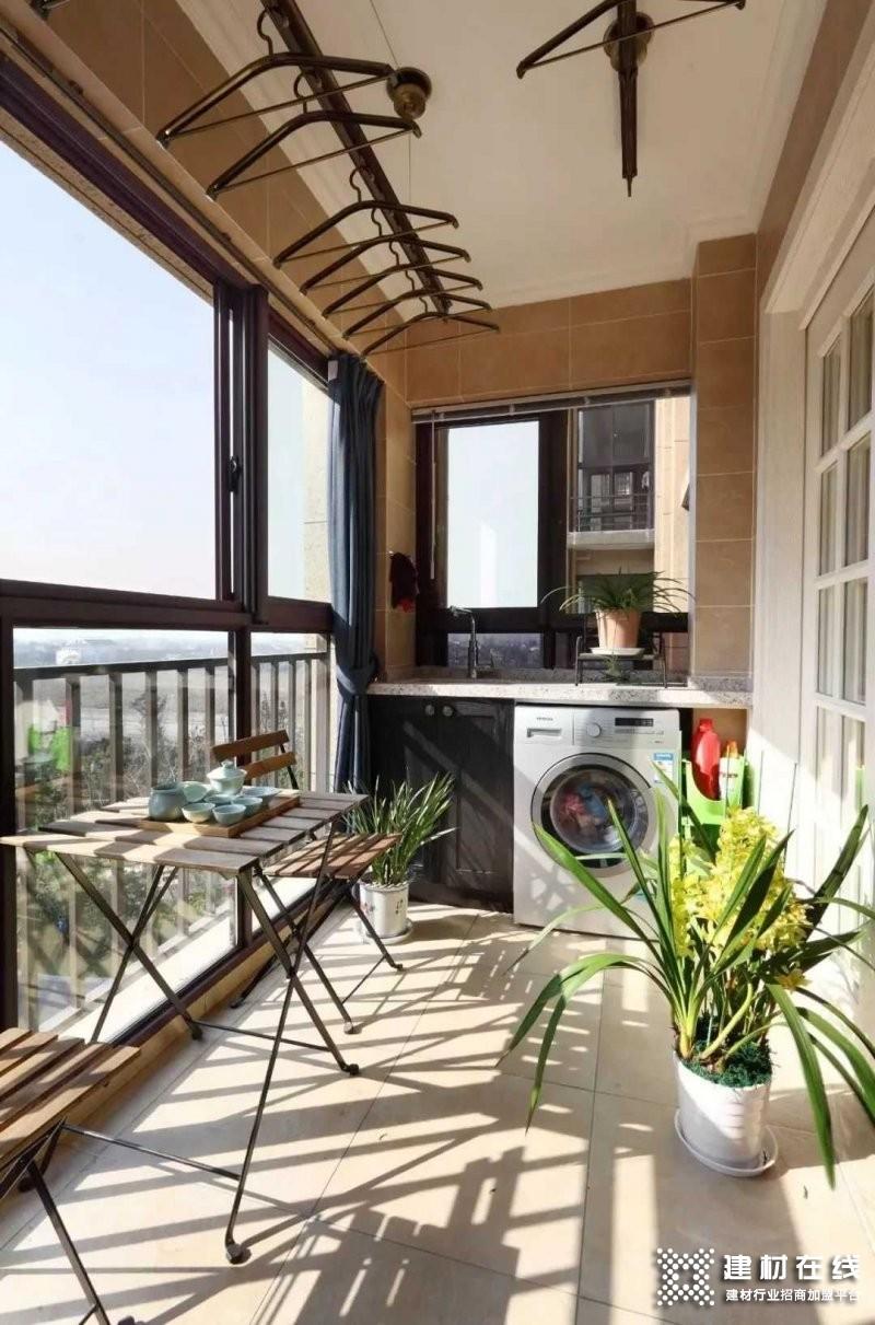 塞纳春天木门:阳台设计 封阳台之前看一看_3